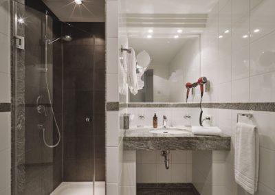 Hotel Hackescher Markt Berlin Bad Dusche