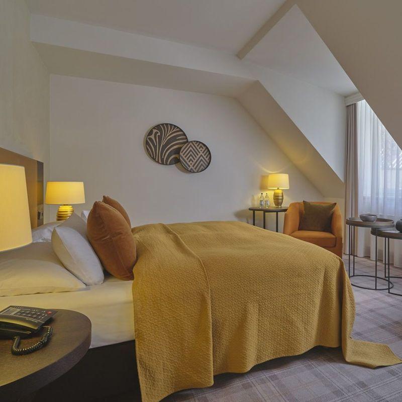 Hotel Hackescher Markt Berlin L mit Dachschräge 800x800
