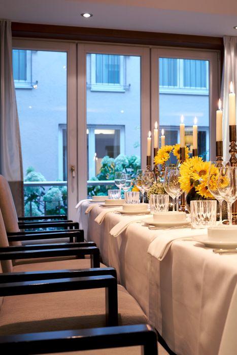 Classik_Hotel_Collection_Hackescher_Markt_Restaurant_Events_Night 467x700