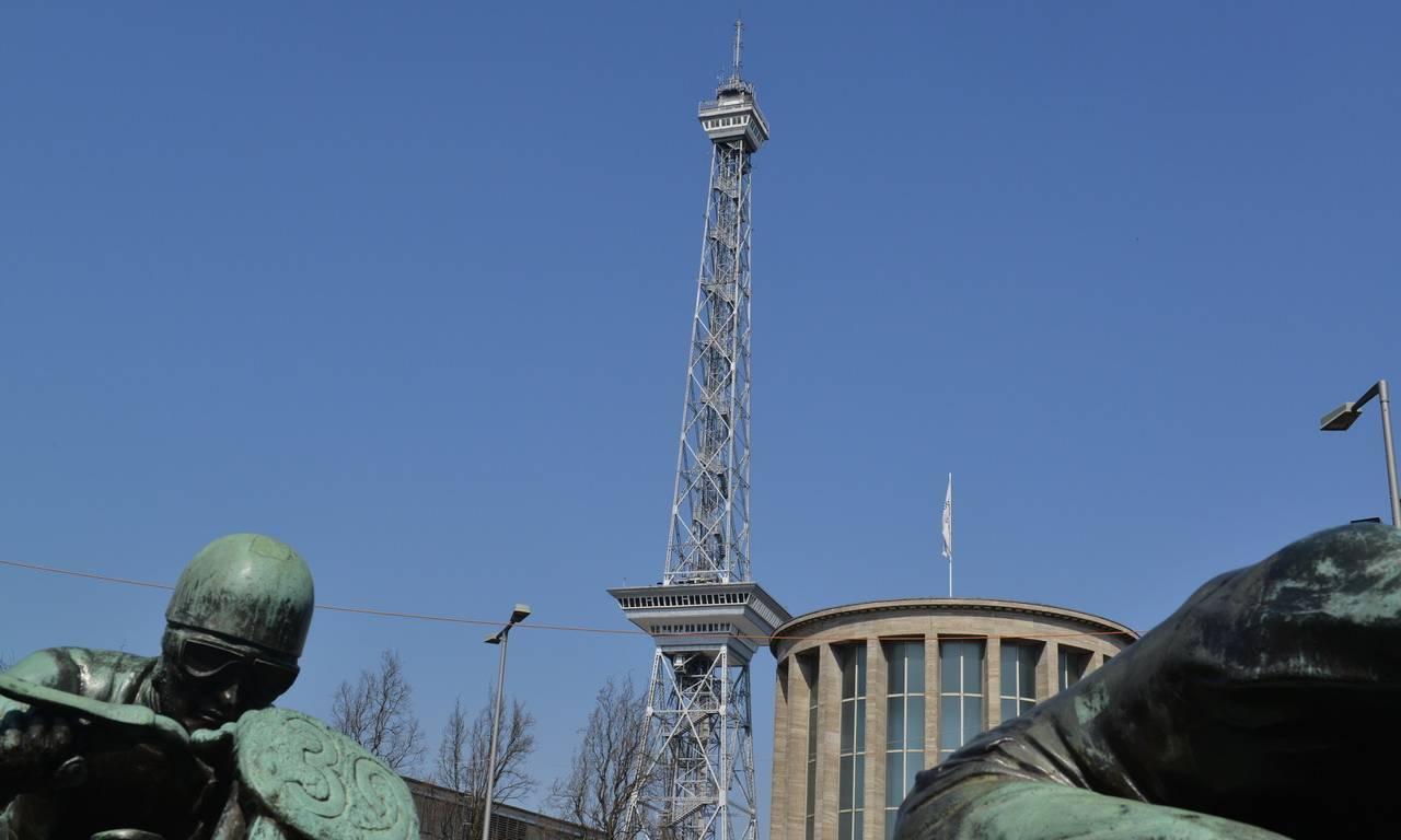 Berliner Funkturm – Pionier der Fernsehgeschichte