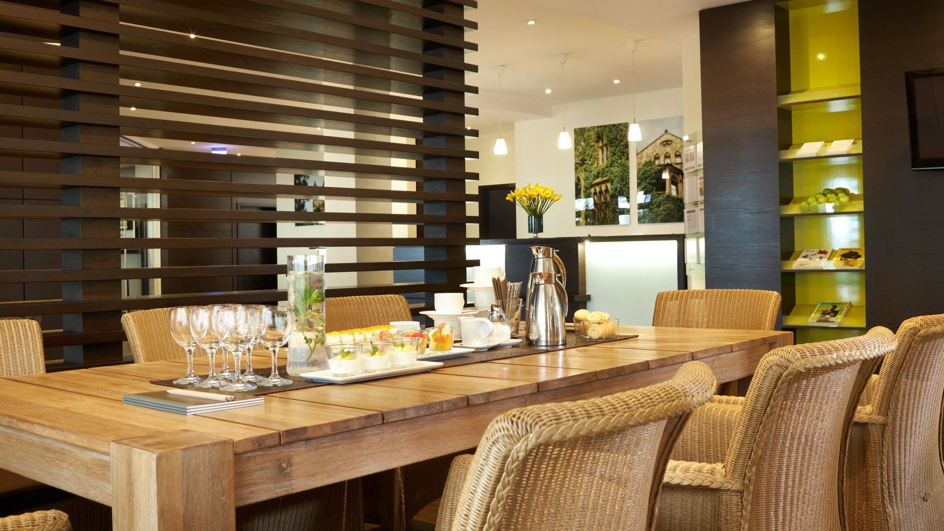 Classik-Hotel-Collection-Magdeburg-Lobby-Meeting-Food-01-Web