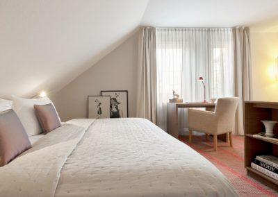Classik-Hotel-Collection-Munich-Martinshof-Room-Comfort-Bedroom-02-Web
